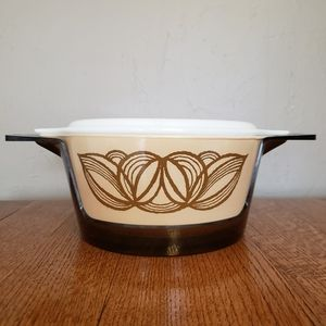 Vintage Pyrex Raffia/ Brown Onion with lid and cra
